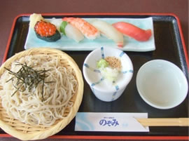 寿司とざるセット